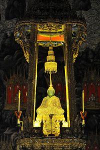 345px-Emerald_Buddha