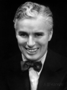 charlie-chaplin-looking-dapper-1936