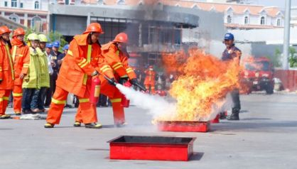 fire_extinguishing_day_on_koh_pich_in_phnom_penh_21_02_2016_heng_chivoan